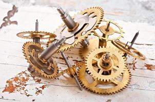 engrenagens de relógio mecânico foto