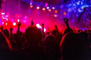 concerto de rock com smartphone