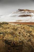 área vulcânica ativa geotérmica námaskarð no noroeste de icelan
