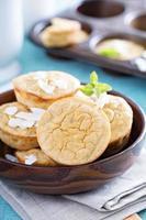 muffins de coco e banana foto