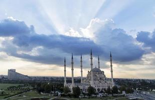 mesquita central em adana turquia foto