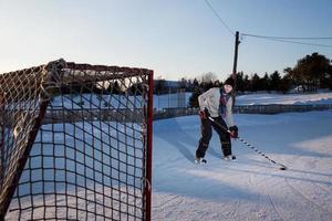 hóquei no gelo ao ar livre foto