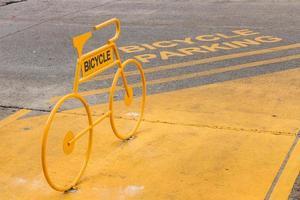 estacionamento para bicicletas foto