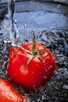lavar tomates