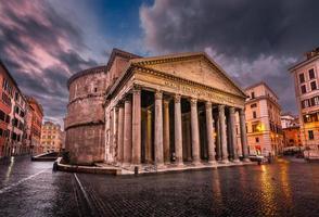 piazza della rotonda e panteão de manhã, Roma, Itália foto