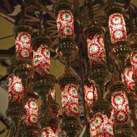 lâmpadas árabes foto