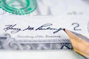 dinheiro de assinatura foto