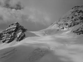montanha de limite de escalada de montanha foto