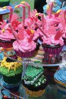 bolos do copo flamingo foto