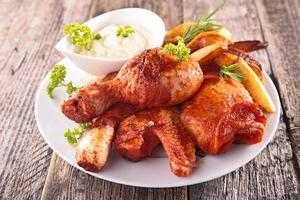 coxa de frango frito foto