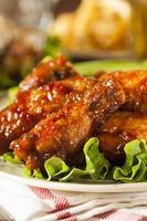 asas de frango churrasco foto