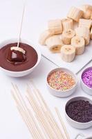 fondue de chocolate com banana foto