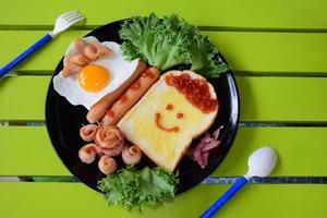 café da manhã para crianças foto
