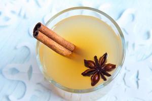 soco de rum de cidra de maçã