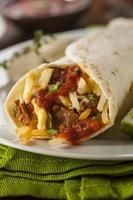saudável pequeno-almoço chorizo burrito