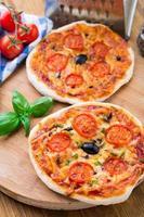 mini pizza vegetariana foto