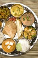 thali do norte da Índia foto