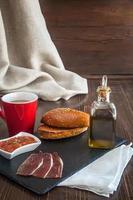 Café da manhã completo foto