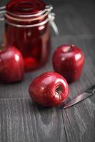 maçãs vermelhas crocantes
