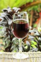 suco de uva azul foto