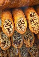 sobremesa de baklava turca tradicional