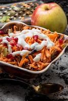 cozinhar salada de frutas foto