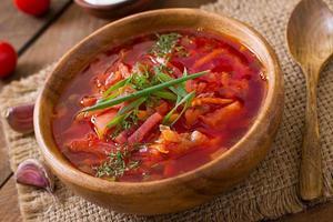 sopa borscht vegetal ucraniana russa tradicional foto
