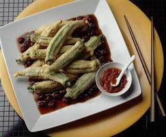 tempura de quiabo foto