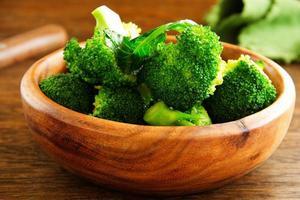 brócolis cozido. foto