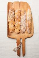 pães baguete foto