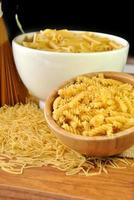 macarrão, espaguete e macarrão foto