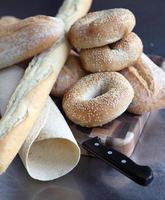 seleção de pães finos foto
