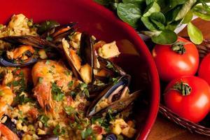tradições espanholas - paella foto