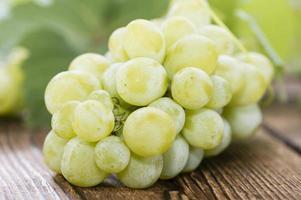 uvas verdes frescas foto
