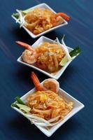 pad camarão tailandês. foto