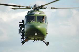 helicóptero de westland lynx foto