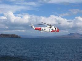 helicóptero da guarda costeira britânica
