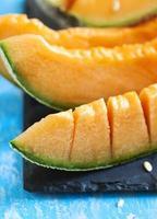fatias de melão cantalupo. foto