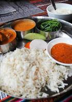 refeição nepalesa, thali