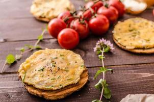 omeletes crocantes de mini omeletes foto