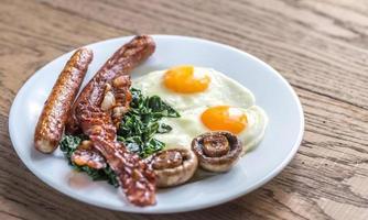 ovos fritos com bacon foto