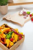 cozinha com pimentão e alho