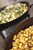 batatas alecrim foto