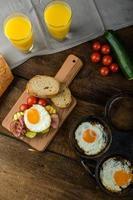 café da manhã rústico foto