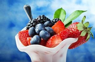 tigela com frutas foto