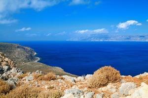 profundo mar azul foto