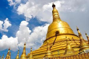 pagode shwedagon em yangon foto