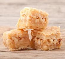 baklawa de sobremesa oriental foto