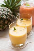 smoothie de abacaxi foto