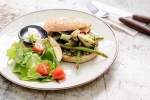 bagel de salada foto